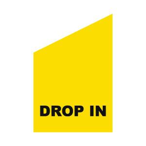 gul fasadflagga med svart tryck drop in
