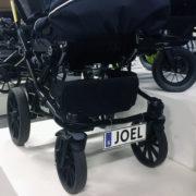 Barnvagnsskylt-med-egen-text-tryck
