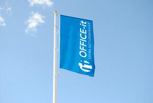 Flaggstångsflagga med eget tryck